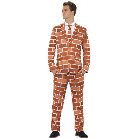 Verkleedkleding heren maatpak stenen muur